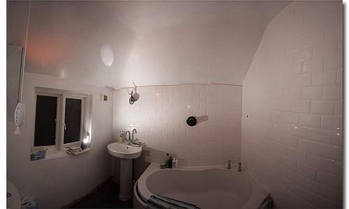 059/365 Bathroom continued…